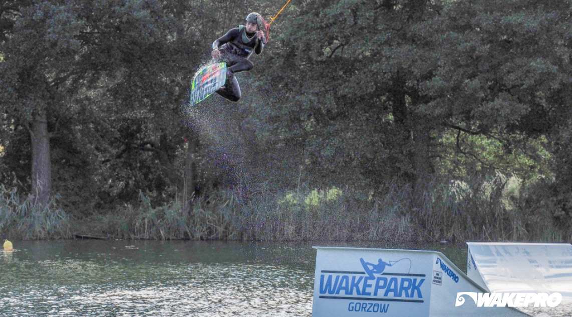 Wakepro obstacles in Wake Park Gorzów