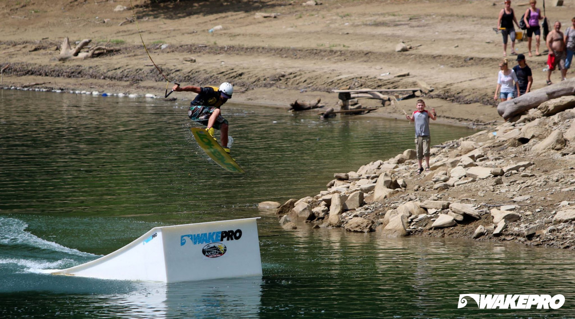 Wakepro obstacle in Wake Park Solina